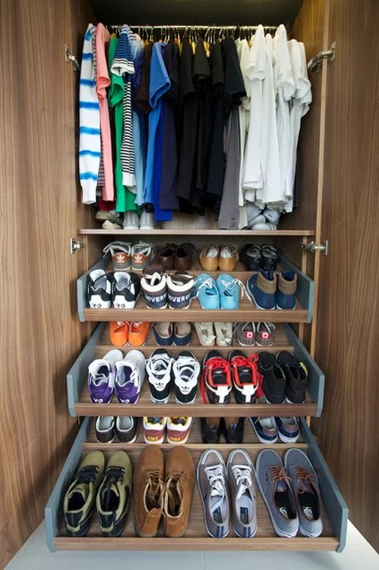 Contemporary Closet by Gregory Davies Photography