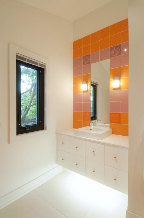 modern bathroom by Modus Architects Inc.