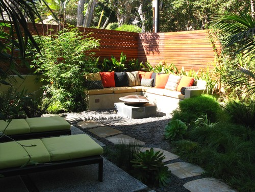 5 Tips To Maximise A Small Space on Small Garden Sitting Area Ideas  id=52506