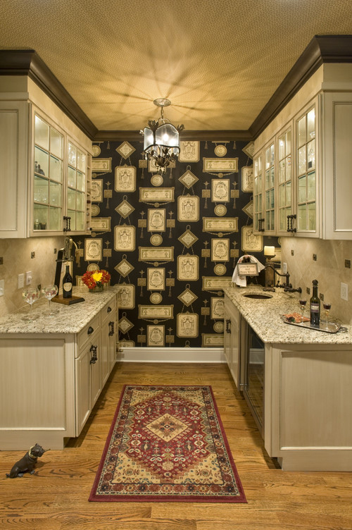 traditional kitchen by Gerrianne Russell, Cross Keys Designs