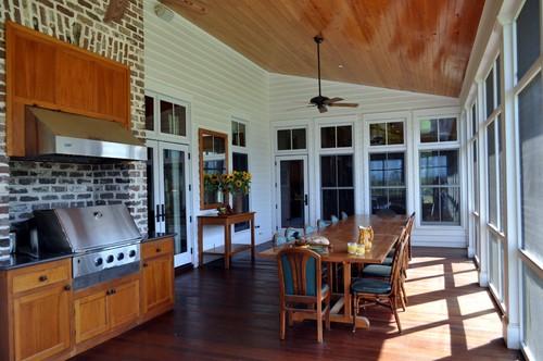 Bluff Plantation traditional porch