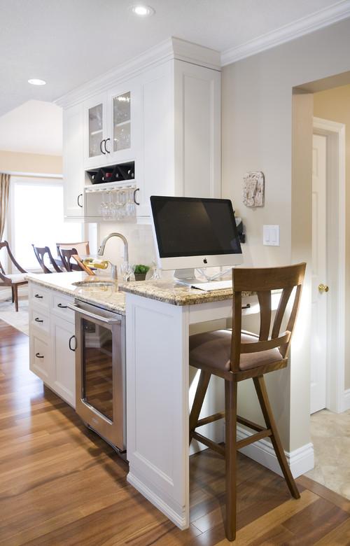 Miralis Custom Kitchen contemporary kitchen