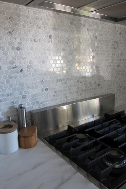 Hexagon marble backsplash modern kitchen
