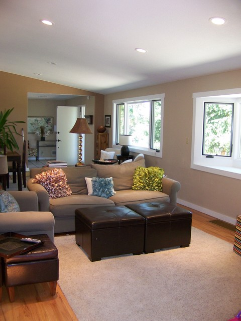 Small Sitting Area For Family Contemporary Family Room