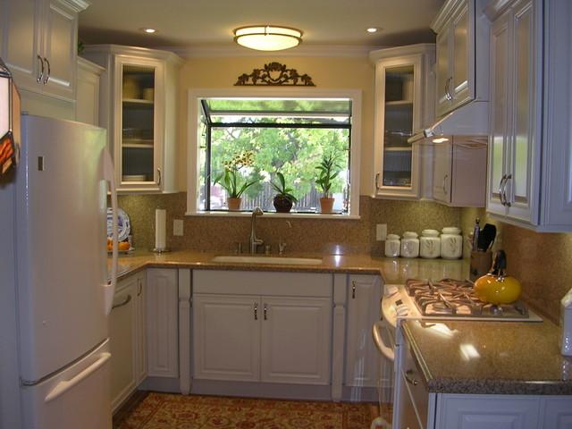 Small U Shaped Kitchen