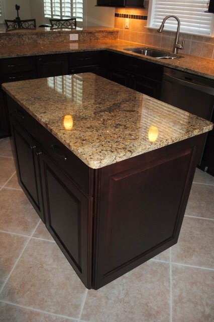 NV Gold Granite, Maple Cabinets in Cranberry with Black ... on Black Granite Stain  id=85903