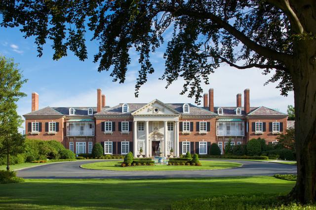 Glen Cove Mansion facade high res.jpg