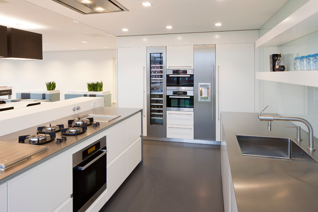 Dutch Kitchens Modern Kitchen