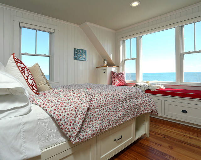 Small Beach House Lives Big Beach Style Bedroom