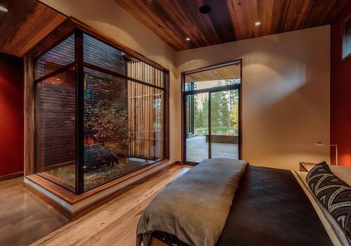 RoyaumeStyleDeco, Chalet Tahoe Lake,  patio intèrieur, puits de lumière