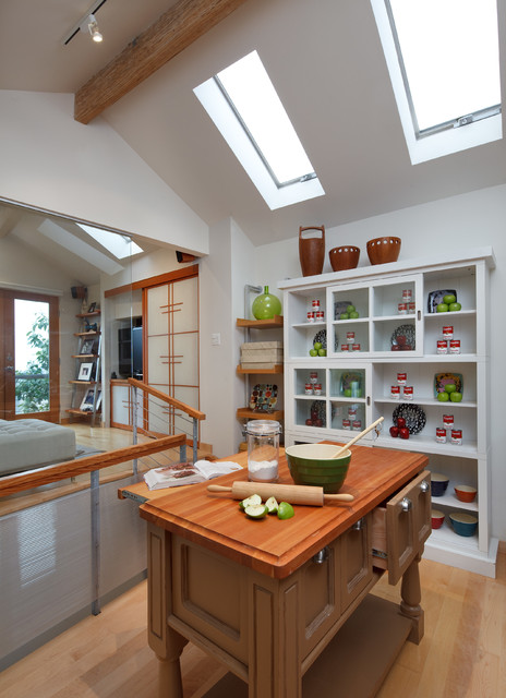 Tiny House: Kitchen by Kimball Starr Interior Design ...