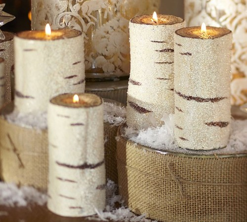 Holiday candles as a gift to the host of the dinner party