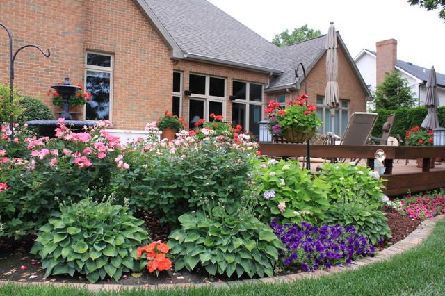 paisagem tradicional por Arcadia Gardens, LLC