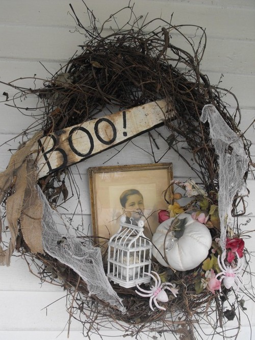 creepy halloween decorations - Creepy Christmas Decorations