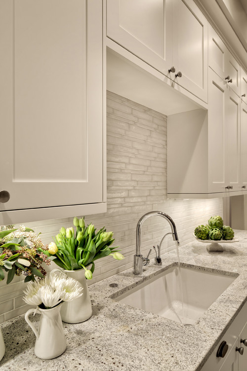 Colonial White Granite White Cabinets Backsplash Ideas on Backsplash Ideas For White Cabinets And Granite Countertops  id=78680