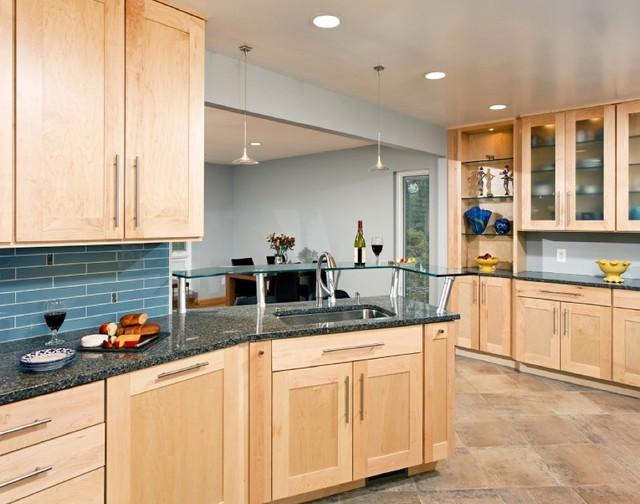Contemporary Maple Kitchen on Maple Cabinets Kitchen Ideas  id=35502