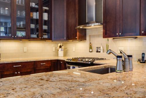 Choosing Backsplash Tile For Busy Granite Countertops