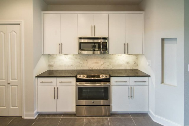 Black Pearl granite w/ white marble backsplash on Black Granite Backsplash  id=64925