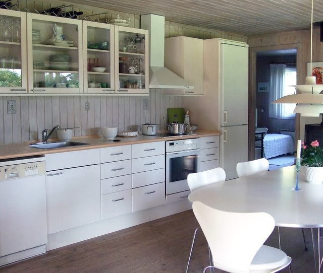 contemporary kitchen by Susan Serra, CKD