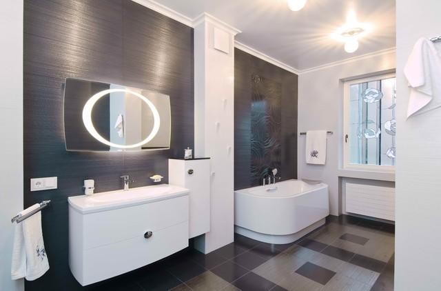 Art Deco In The Heart Of Kiev Eclectic Bathroom