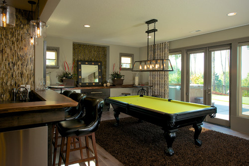 Light Fixture Above The Pool Table