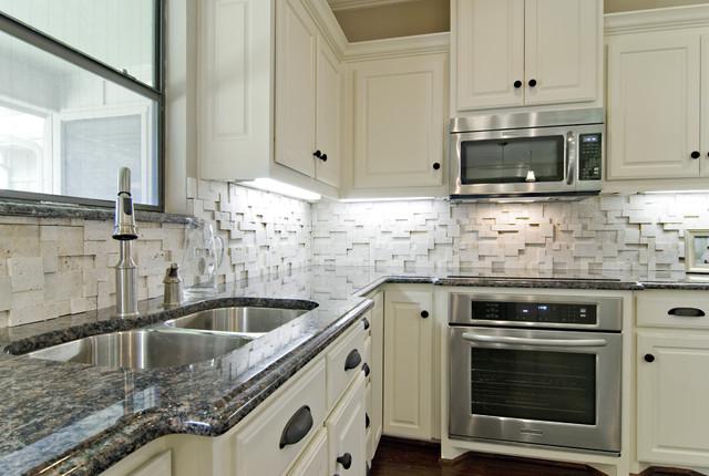 Dallas kitchen traditional-kitchen