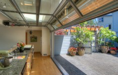 Extraordinary Courtyard Kitchen That Will Leave You Breathless