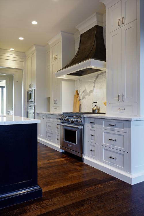 Kitchen with Studio pulls