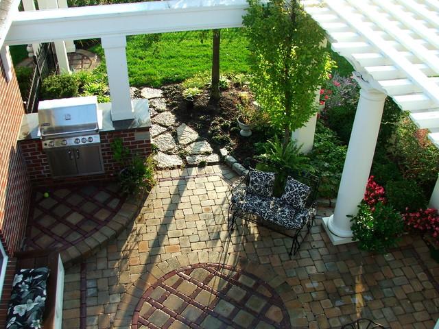 cottage Garden - Traditional - Patio - cincinnati - by ... on Cottage Patio Ideas id=79096