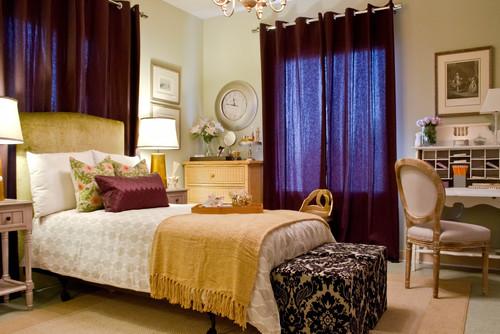 plum-lavender-beige-gold-decor