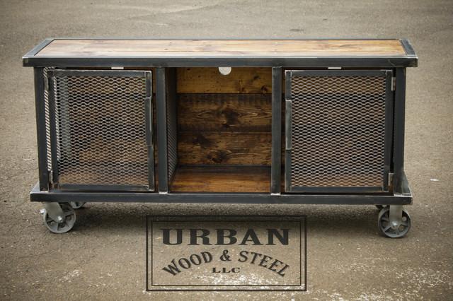 Urban Stereo Locker