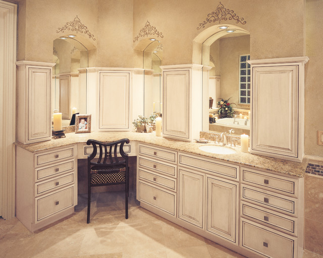 StarMark Cabinetry Bathroom in Glendale door style in ... on Bathroom Ideas With Maple Cabinets  id=23315
