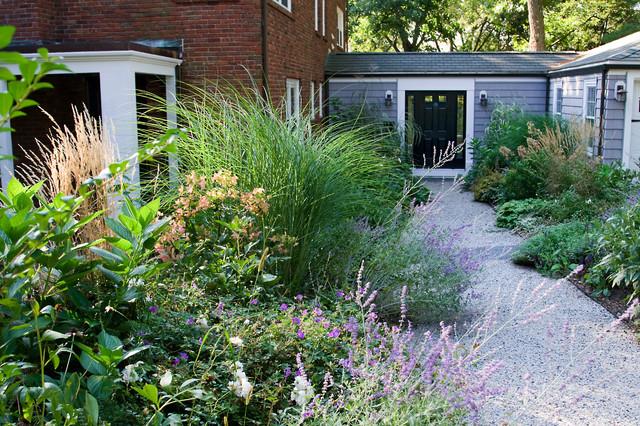exterior tradicional por Matthew Cunningham Landscape Design LLC