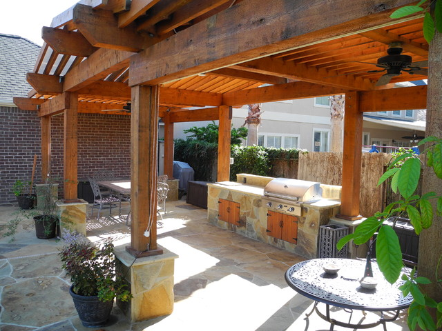 Outdoor Kitchens and Fireplaces - Traditional - Patio ... on Houzz Backyard Patios  id=93368