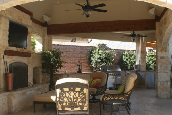outdoor covered patio with fireplace and kitchen Fort Worth Covered Patio with Pergola Outdoor Kitchen and