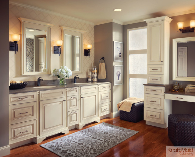 KraftMaid: Maple Door in Canvas with Cocoa Glaze ... on Bathroom Ideas With Maple Cabinets  id=83304