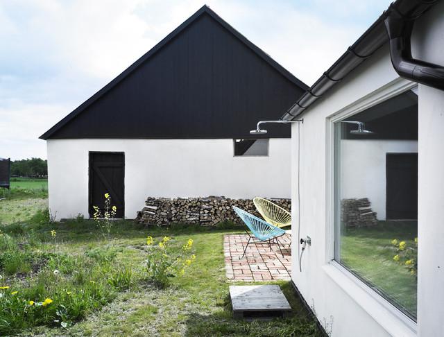modern exterior by LASC Studio