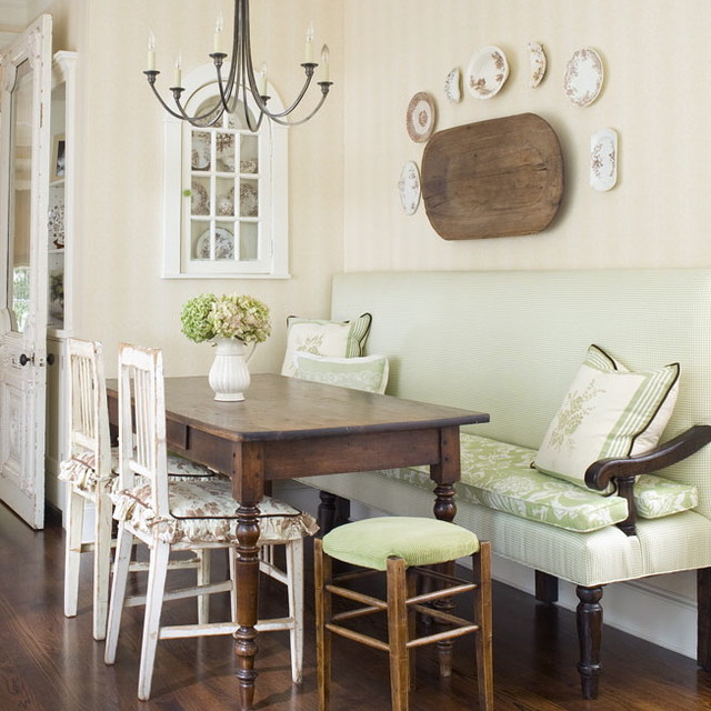 Breakfast Area - Traditional - Kitchen - charlotte - by ... on Traditional Kitchen Wall Decor  id=88430