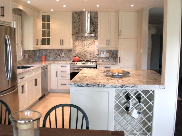 Small Kitchen Renovation - Traditional - Kitchen - toronto ... on Small:xmqi70Klvwi= Kitchen Renovation Ideas  id=67488