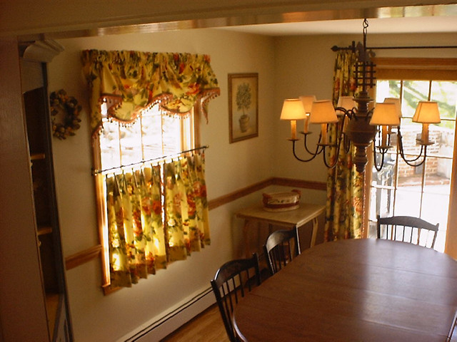 Custom Cafe Curtain With Valance And Panels