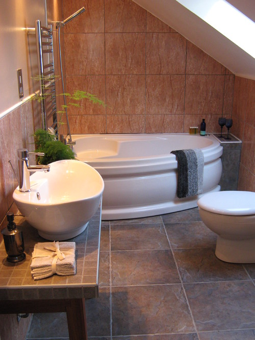 Corner Bath Tubs Are Big in Small Spaces on Small Space Small Bathroom Ideas With Tub id=18511