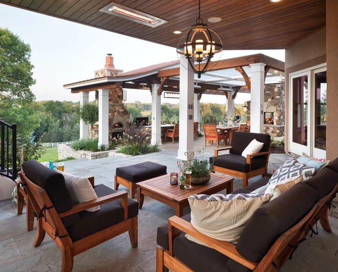 Transitional Patio by Mom's Design Build