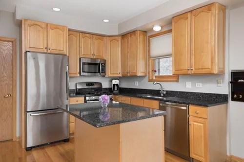 Backsplash rec - oak cabinets with dark granite counters ... on Backsplash For Dark Granite  id=47931