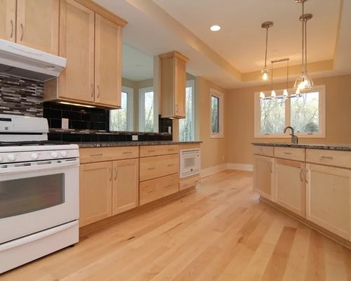 Maple Cabinets White Appliances | Houzz on Light Maple Cabinets With White Countertops  id=14126