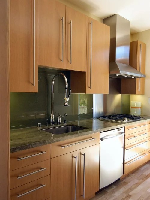 Maple Cabinets White Backsplash Home Design Ideas ... on Maple Cabinets Backsplash  id=67855