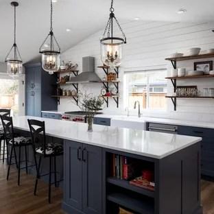 75 Most Popular Farmhouse Kitchen With Quartz Countertops