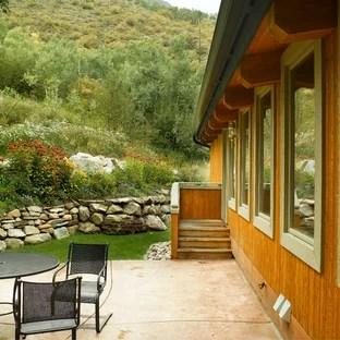 Colorado Mountain Home Landscaping Ideas | Houzz on Mountain Backyard Ideas id=27597
