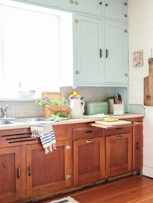 Farmhouse Kitchen with Laminate Countertops Design Ideas ... on Farmhouse Countertops  id=93244