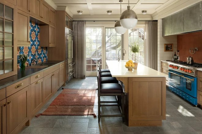 Traditional Kitchen by steve + filip design