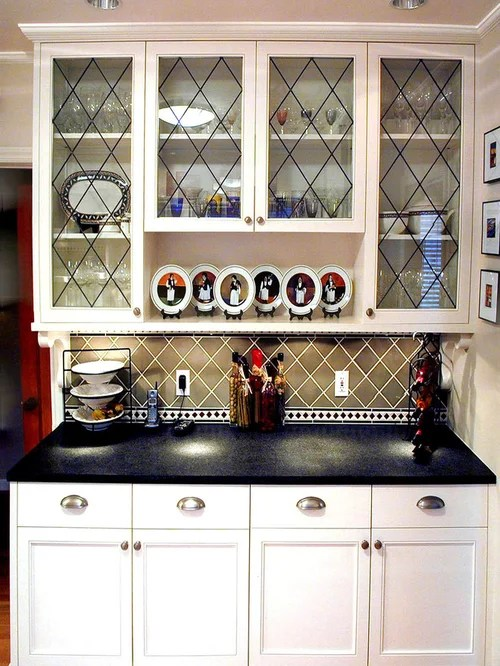 Small White Shaker Kitchen